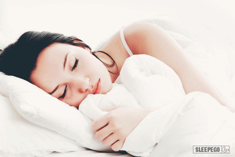 Как правильно спать при шейном остеохондрозе: сон без осложнений