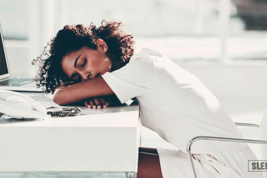 Можно ли спать после еды: вред для организма