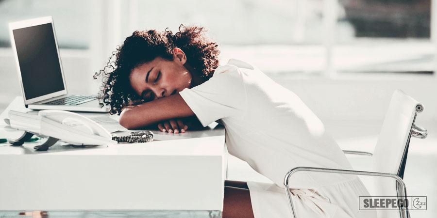 Можно ли спать после еды: вред для организма 4-3
