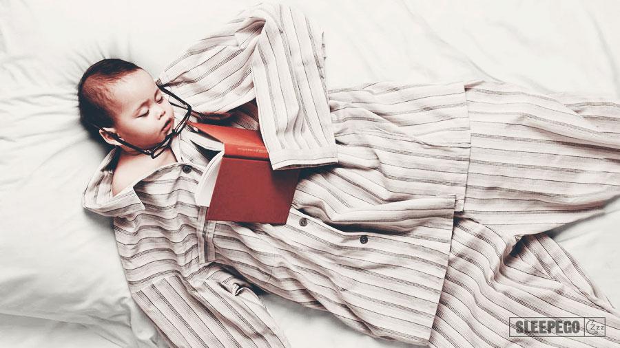 Сколько должен спать ребенок в 10 месяцев днем и ночью 22-3