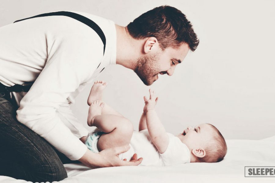 Как правильно укладывать новорожденного спать: советы молодым мамам